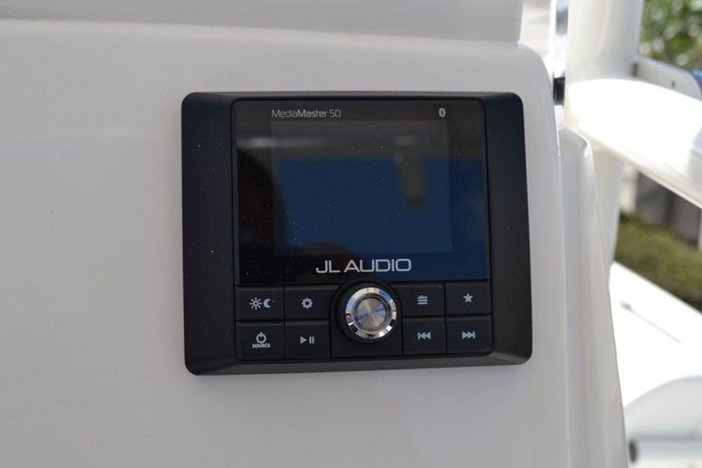 Thumbnail 31 for New 2020 Pathfinder 2200 TRS boat for sale in Fort Lauderdale, FL