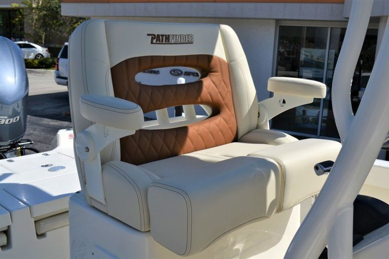Thumbnail 20 for New 2020 Pathfinder 2600 TRS Bay Boat boat for sale in Vero Beach, FL