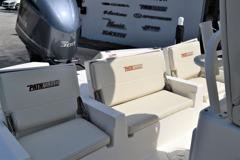 Thumbnail 24 for New 2020 Pathfinder 2600 TRS Bay Boat boat for sale in Vero Beach, FL