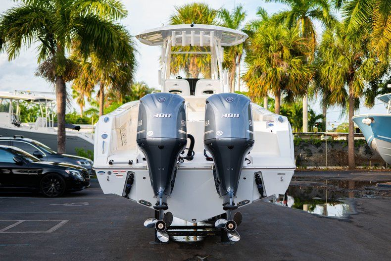 Thumbnail 6 for New 2020 Cobia 301 CC Center Console boat for sale in West Palm Beach, FL