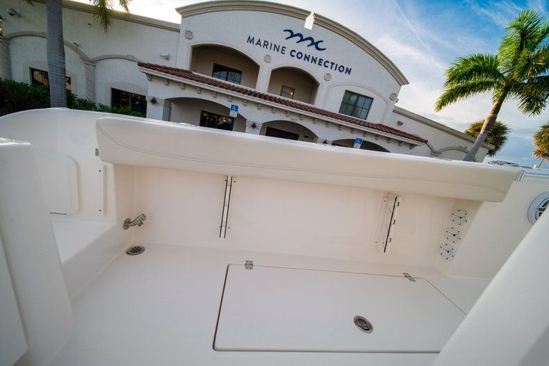 Thumbnail 21 for New 2020 Cobia 301 CC Center Console boat for sale in West Palm Beach, FL