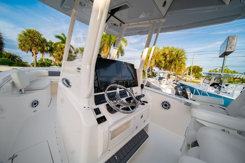 Thumbnail 33 for New 2020 Cobia 301 CC Center Console boat for sale in West Palm Beach, FL