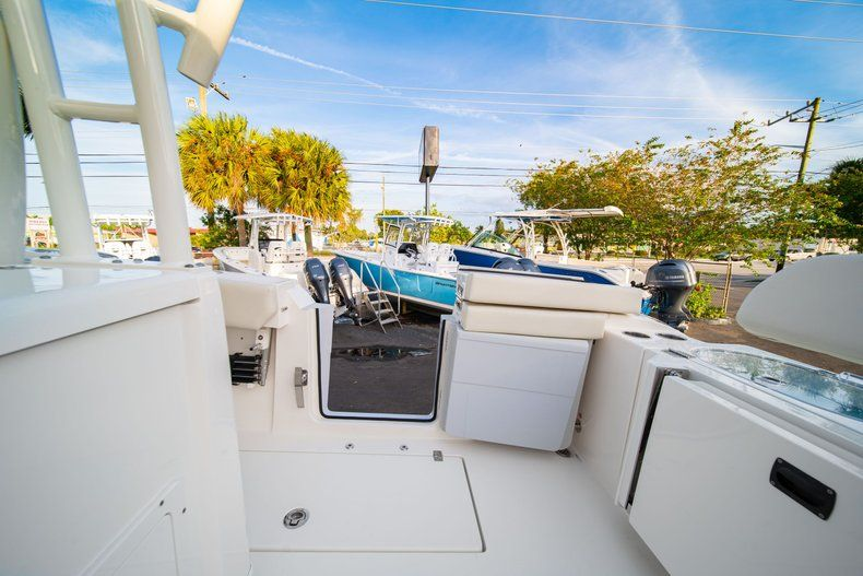 Thumbnail 16 for New 2020 Cobia 301 CC Center Console boat for sale in West Palm Beach, FL