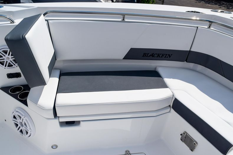 Thumbnail 83 for New 2020 Blackfin 332CC Center Console boat for sale in Fort Lauderdale, FL