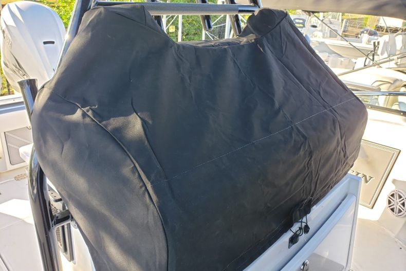 Thumbnail 91 for New 2020 Blackfin 332CC Center Console boat for sale in Fort Lauderdale, FL