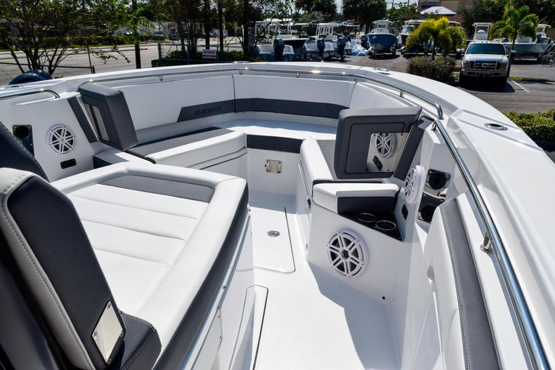 Thumbnail 70 for New 2020 Blackfin 332CC Center Console boat for sale in Fort Lauderdale, FL