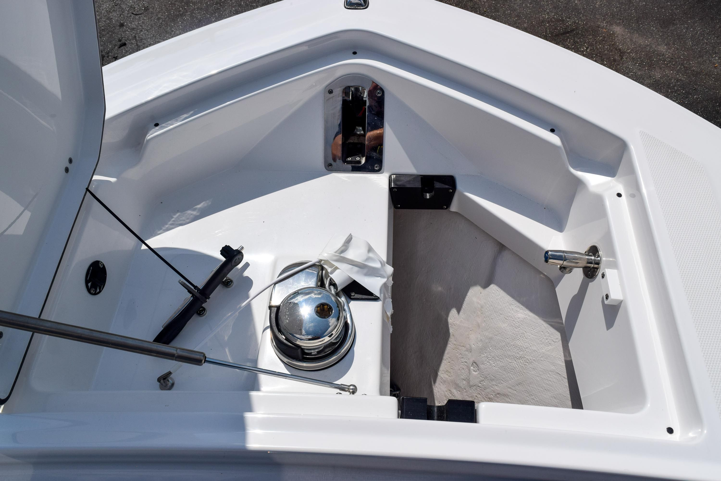 Thumbnail 86 for New 2020 Blackfin 332CC Center Console boat for sale in Fort Lauderdale, FL