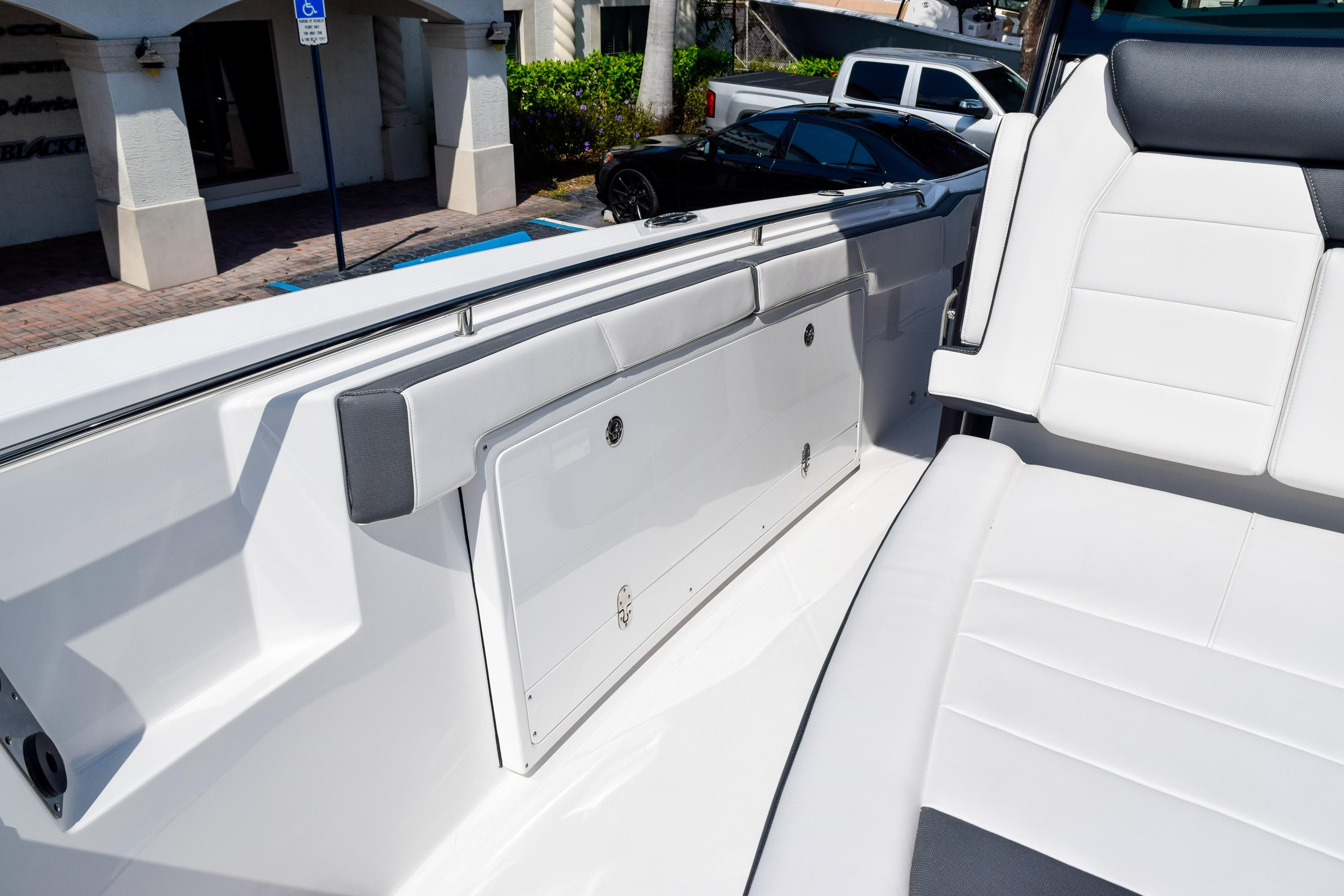 Thumbnail 74 for New 2020 Blackfin 332CC Center Console boat for sale in Fort Lauderdale, FL