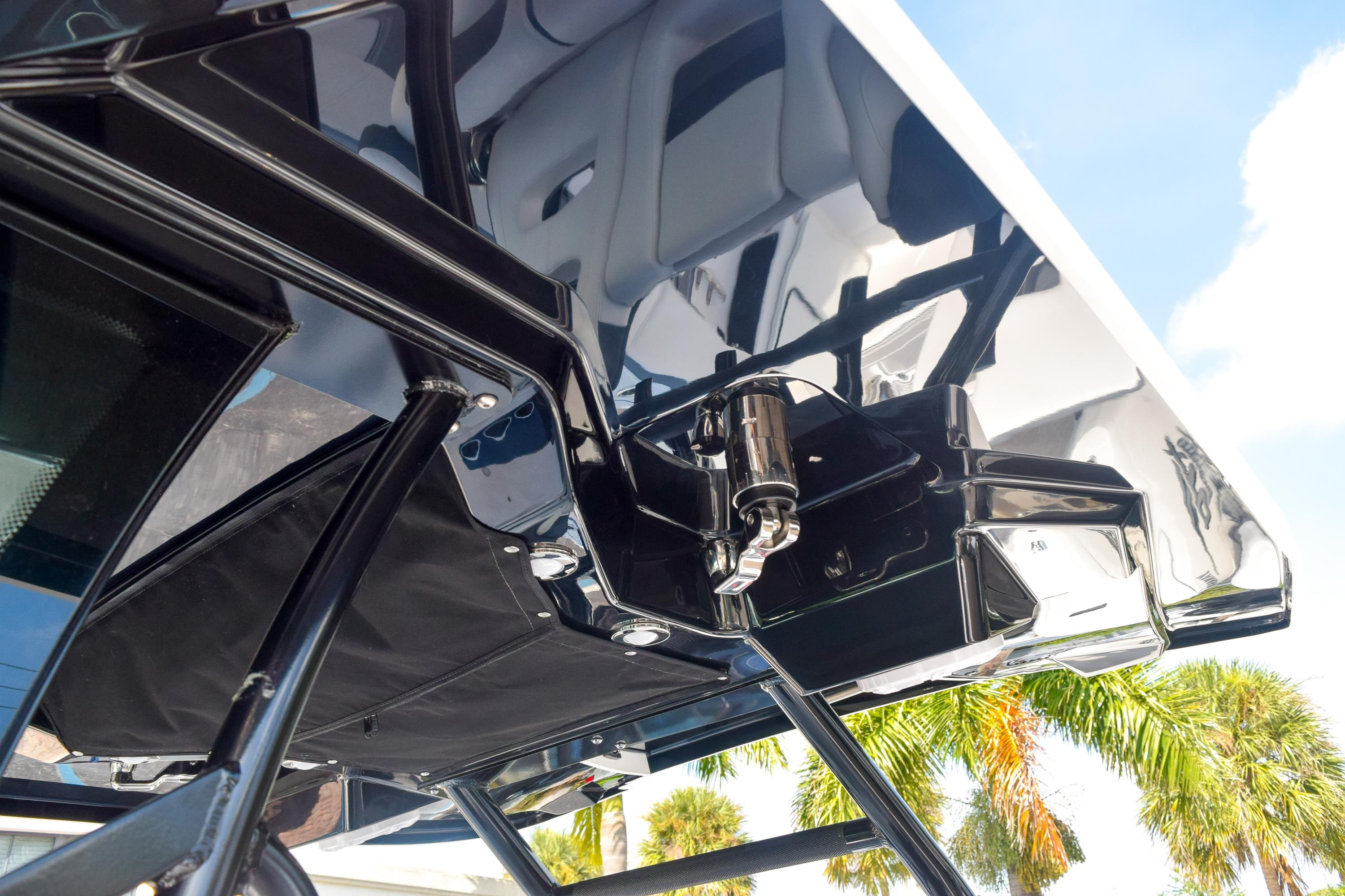 Thumbnail 56 for New 2020 Blackfin 332CC Center Console boat for sale in Fort Lauderdale, FL