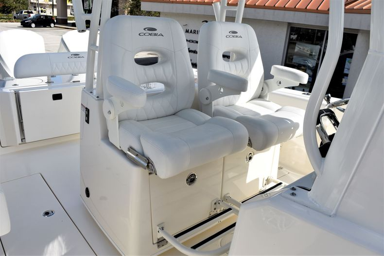 Thumbnail 13 for New 2020 Cobia 301 CC Center Console boat for sale in West Palm Beach, FL