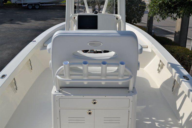 Thumbnail 13 for New 2020 Pathfinder 2600 HPS Bay Boat boat for sale in Fort Lauderdale, FL