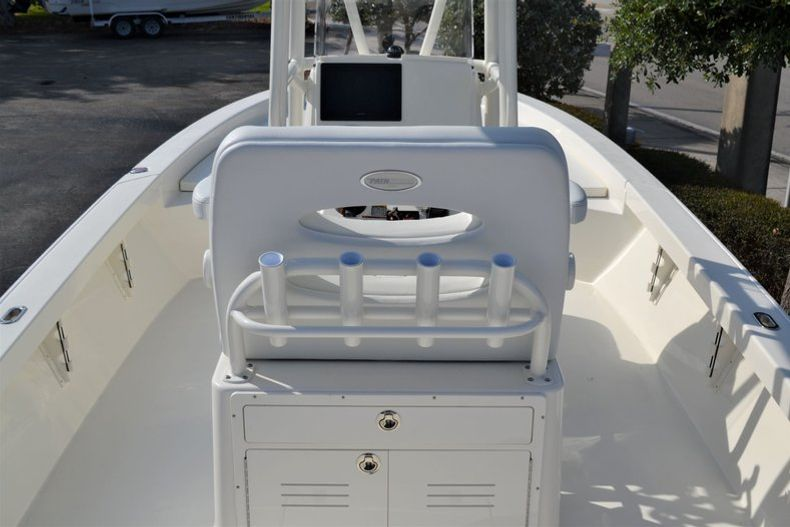 Thumbnail 13 for New 2020 Pathfinder 2600 HPS Bay Boat boat for sale in Fort Lauderdale, FL