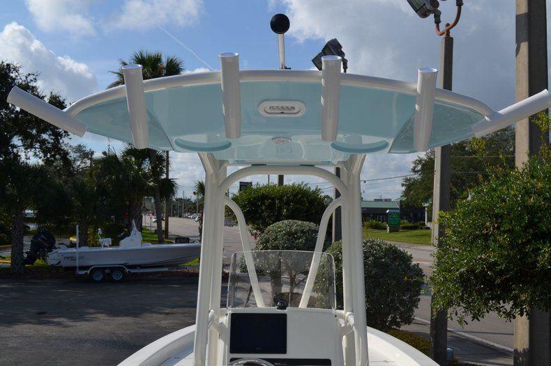 Thumbnail 14 for New 2020 Pathfinder 2600 HPS Bay Boat boat for sale in Fort Lauderdale, FL