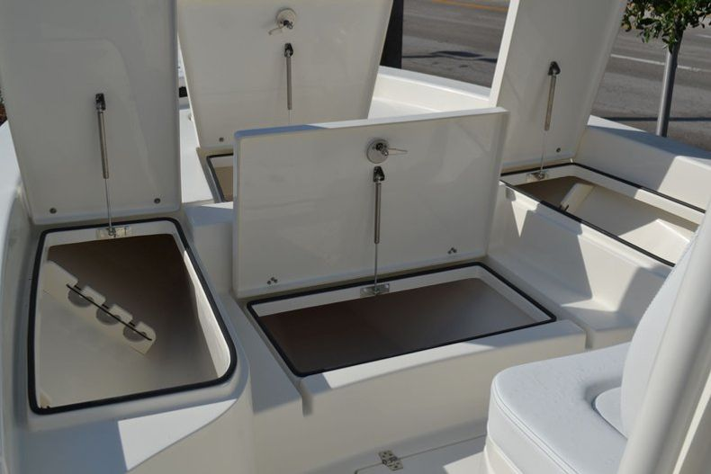 Thumbnail 26 for New 2020 Pathfinder 2600 HPS Bay Boat boat for sale in Fort Lauderdale, FL