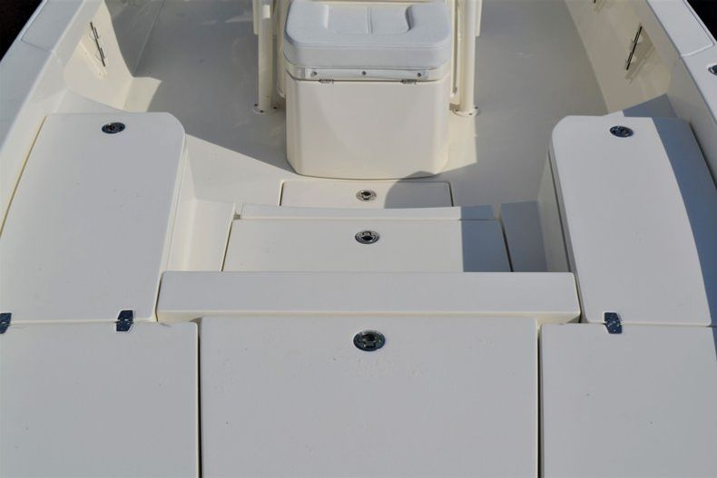 Thumbnail 20 for New 2020 Pathfinder 2600 HPS Bay Boat boat for sale in Fort Lauderdale, FL