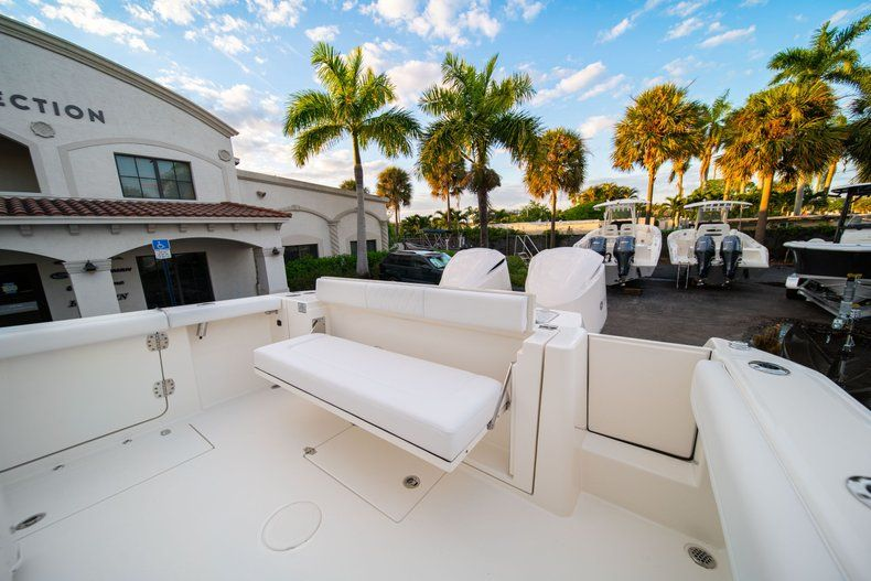 Thumbnail 15 for New 2020 Cobia 320 CC Center Console boat for sale in West Palm Beach, FL