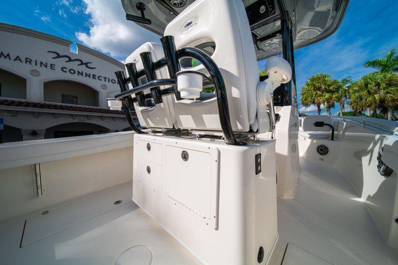 Thumbnail 13 for New 2020 Cobia 262 CC Center Console boat for sale in Vero Beach, FL