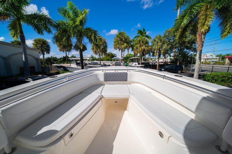 Thumbnail 31 for New 2020 Cobia 262 CC Center Console boat for sale in Vero Beach, FL