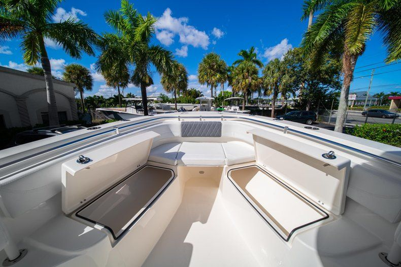 Thumbnail 32 for New 2020 Cobia 262 CC Center Console boat for sale in West Palm Beach, FL