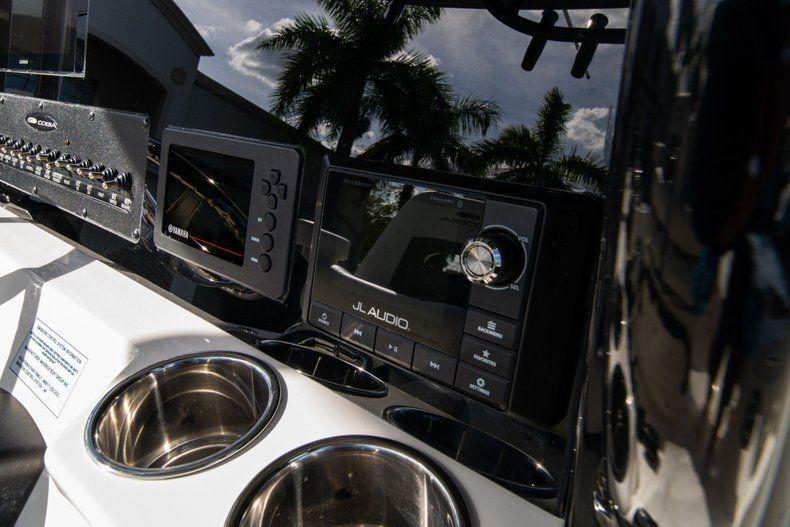 Thumbnail 22 for New 2020 Cobia 262 CC Center Console boat for sale in Vero Beach, FL