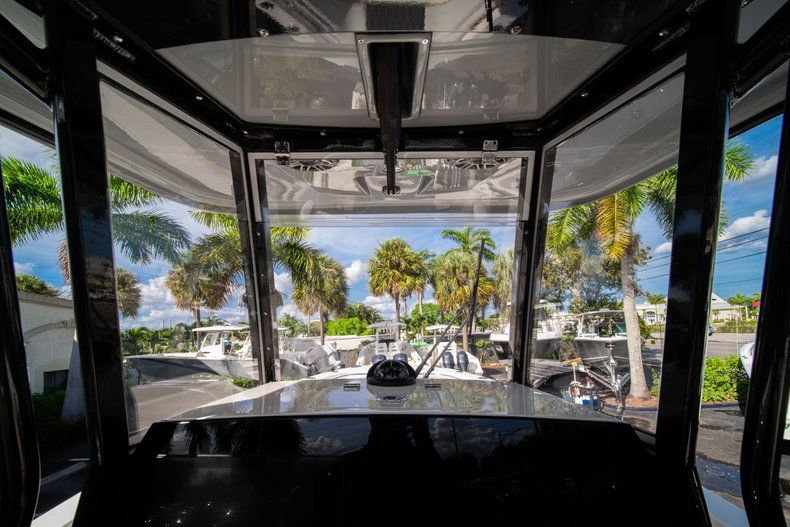 Thumbnail 24 for New 2020 Cobia 262 CC Center Console boat for sale in Vero Beach, FL