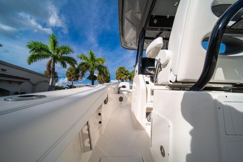 Thumbnail 18 for New 2020 Cobia 262 CC Center Console boat for sale in Vero Beach, FL