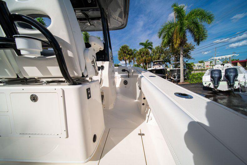 Thumbnail 15 for New 2020 Cobia 262 CC Center Console boat for sale in Vero Beach, FL