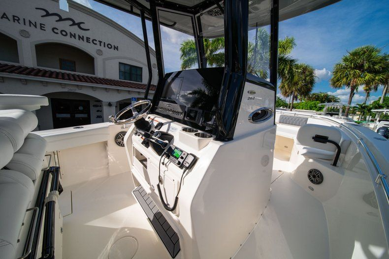 Thumbnail 19 for New 2020 Cobia 262 CC Center Console boat for sale in Vero Beach, FL