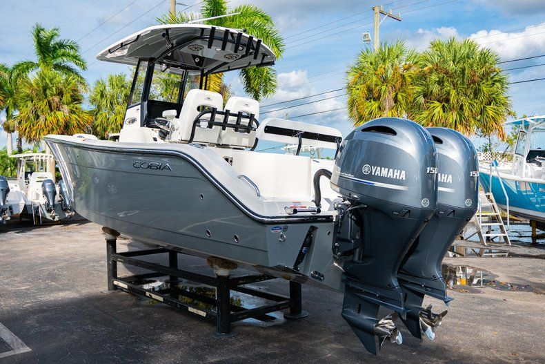 Thumbnail 5 for New 2020 Cobia 262 CC Center Console boat for sale in Vero Beach, FL
