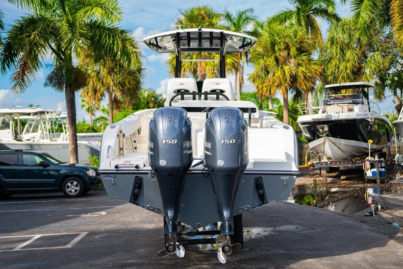 Thumbnail 6 for New 2020 Cobia 262 CC Center Console boat for sale in West Palm Beach, FL