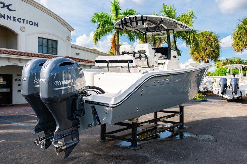 Thumbnail 7 for New 2020 Cobia 262 CC Center Console boat for sale in Vero Beach, FL