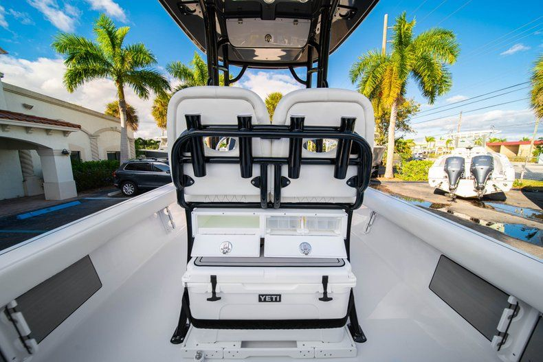 Thumbnail 14 for New 2020 Sportsman Masters 227 Bay Boat boat for sale in Vero Beach, FL