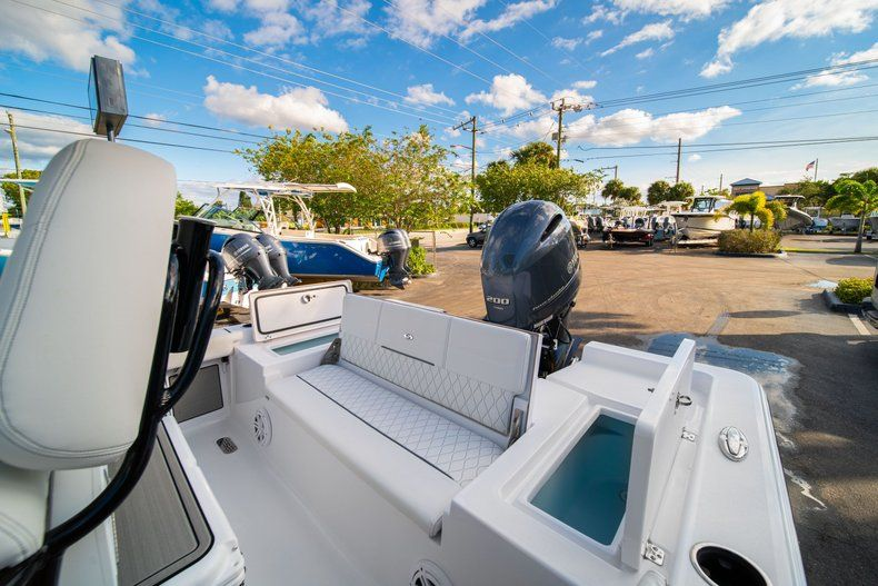 Thumbnail 12 for New 2020 Sportsman Masters 227 Bay Boat boat for sale in Vero Beach, FL