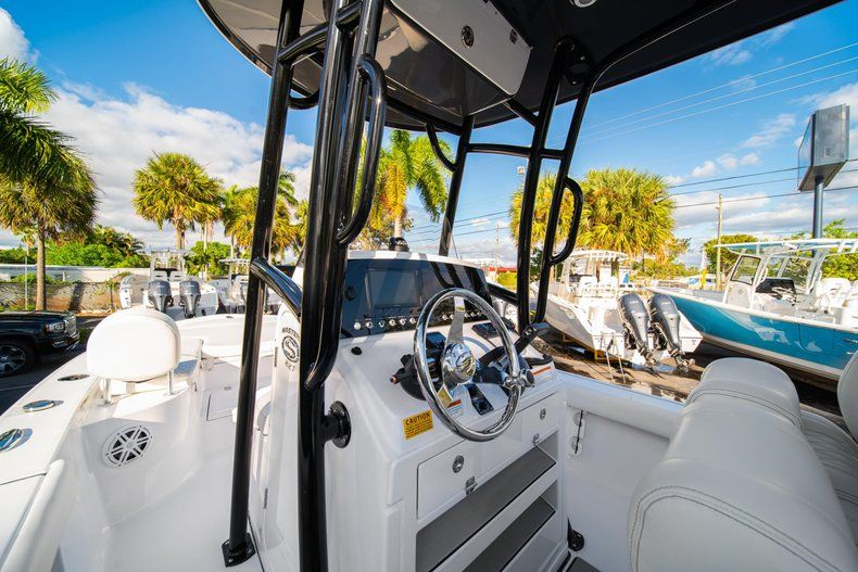 Thumbnail 21 for New 2020 Sportsman Masters 227 Bay Boat boat for sale in Vero Beach, FL