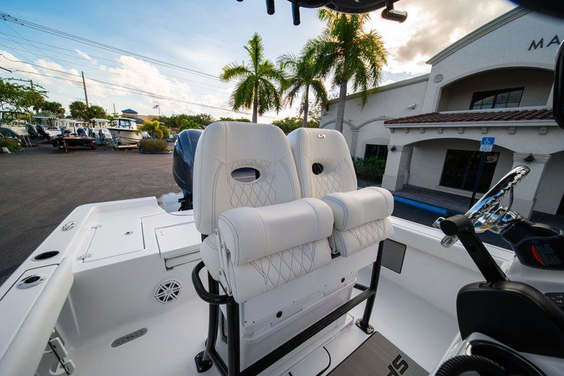 Thumbnail 24 for New 2020 Sportsman Masters 227 Bay Boat boat for sale in Vero Beach, FL