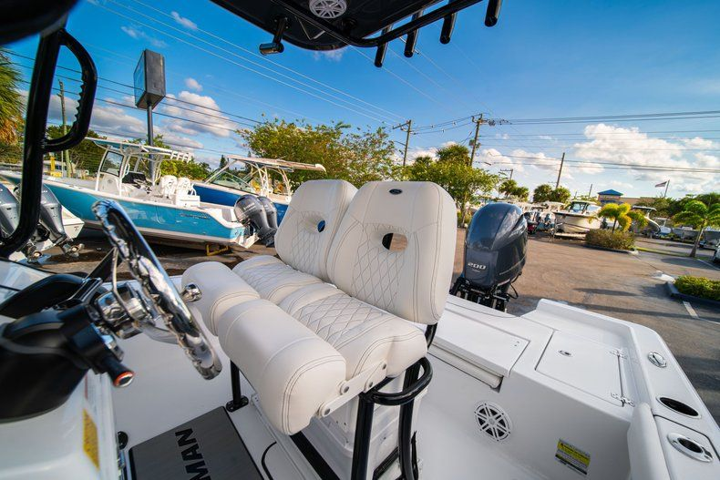 Thumbnail 27 for New 2020 Sportsman Masters 227 Bay Boat boat for sale in Vero Beach, FL