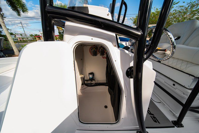 Thumbnail 29 for New 2020 Sportsman Masters 227 Bay Boat boat for sale in Vero Beach, FL