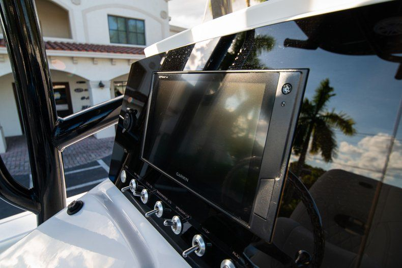 Thumbnail 20 for New 2020 Sportsman Masters 227 Bay Boat boat for sale in Vero Beach, FL