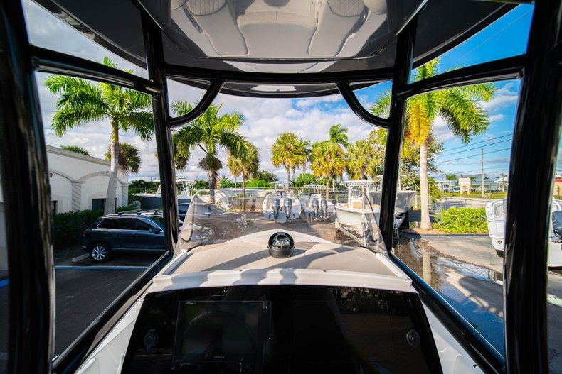 Thumbnail 23 for New 2020 Sportsman Masters 227 Bay Boat boat for sale in Vero Beach, FL