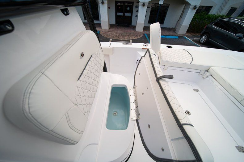 Thumbnail 33 for New 2020 Sportsman Masters 227 Bay Boat boat for sale in Vero Beach, FL