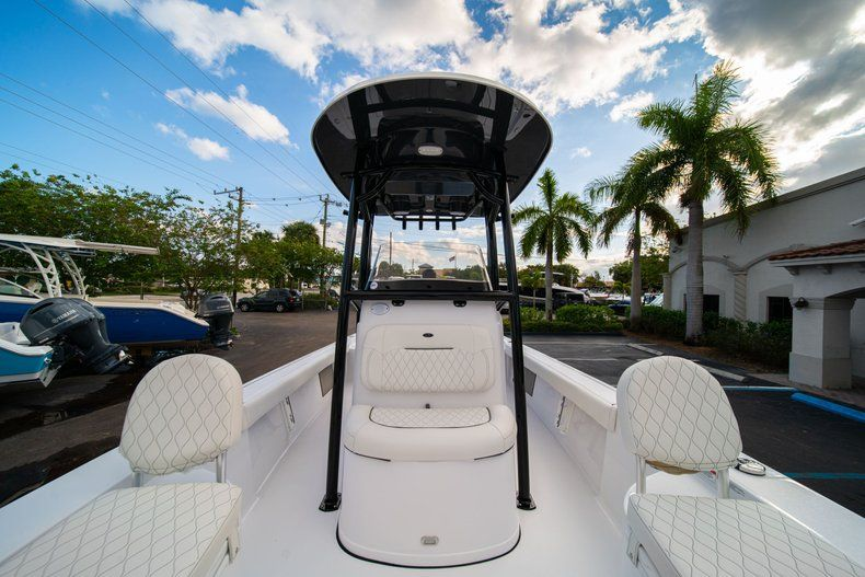 Thumbnail 32 for New 2020 Sportsman Masters 227 Bay Boat boat for sale in Vero Beach, FL