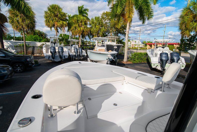 Thumbnail 31 for New 2020 Sportsman Masters 227 Bay Boat boat for sale in Vero Beach, FL