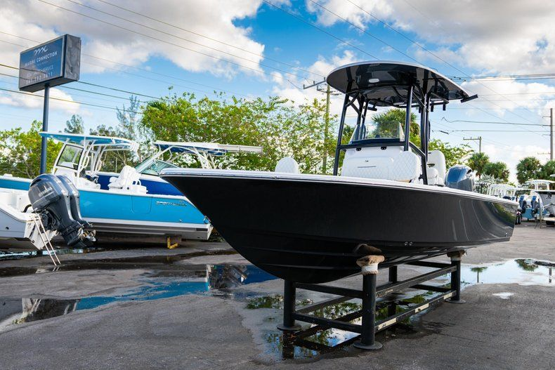 Thumbnail 3 for New 2020 Sportsman Masters 227 Bay Boat boat for sale in Vero Beach, FL