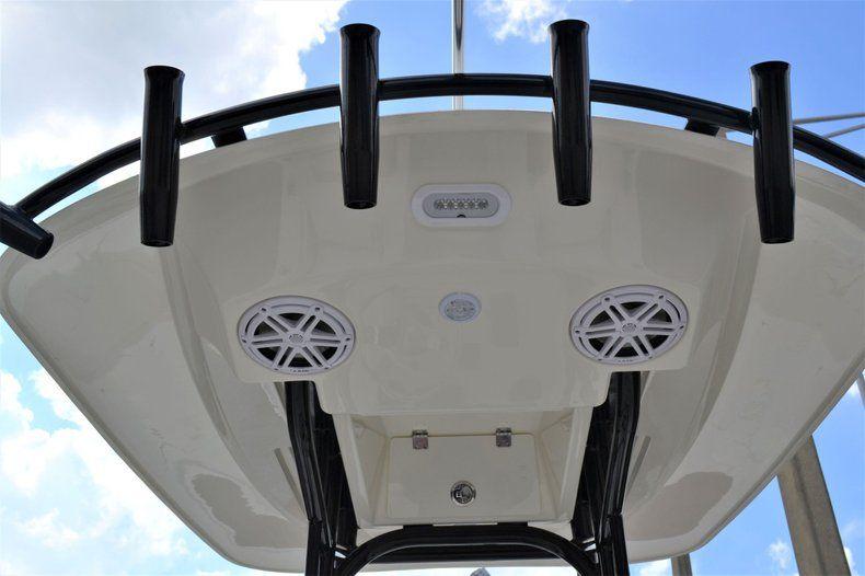 Thumbnail 29 for New 2020 Pathfinder 2500 Hybrid Bay Boat boat for sale in Fort Lauderdale, FL