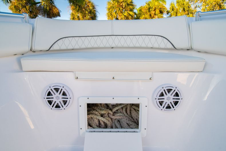Thumbnail 46 for New 2020 Sportsman Open 282TE Center Console boat for sale in Miami, FL