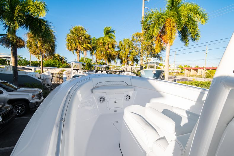 Thumbnail 44 for New 2020 Sportsman Open 282TE Center Console boat for sale in Miami, FL