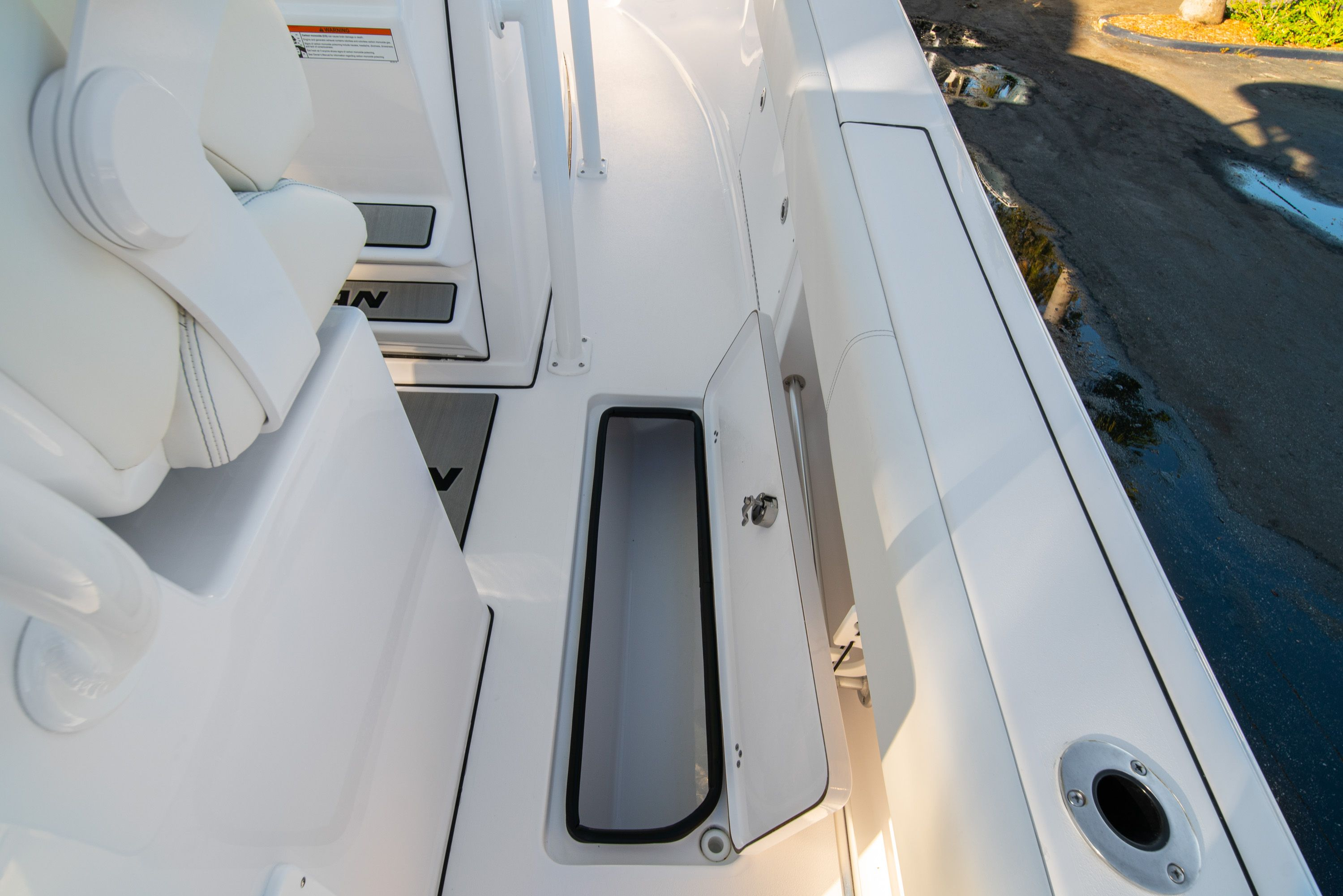 Thumbnail 19 for New 2020 Sportsman Open 282TE Center Console boat for sale in Vero Beach, FL