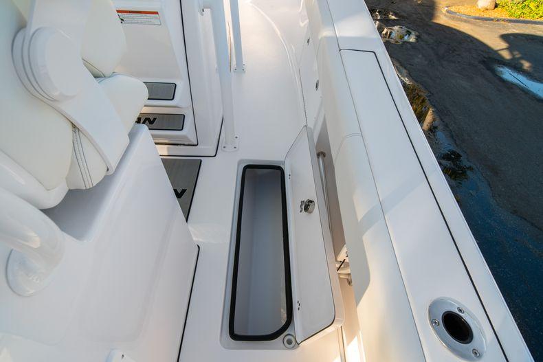 Thumbnail 19 for New 2020 Sportsman Open 282TE Center Console boat for sale in Miami, FL