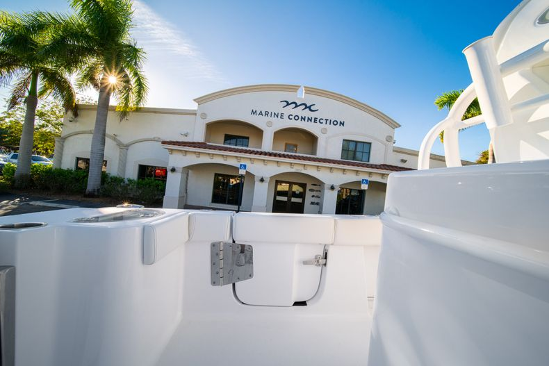 Thumbnail 20 for New 2020 Sportsman Open 282TE Center Console boat for sale in Miami, FL