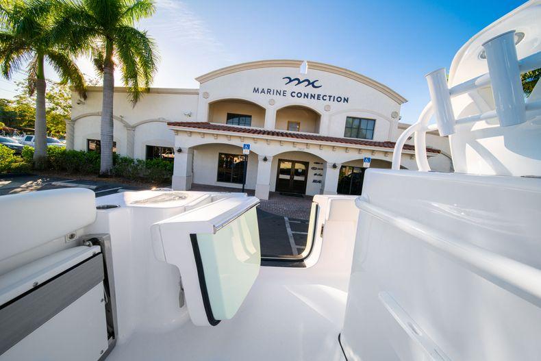 Thumbnail 21 for New 2020 Sportsman Open 282TE Center Console boat for sale in Miami, FL